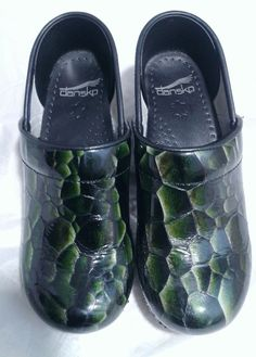 544dc314b8 Dansko Professional in Emerald Tigers Eye Patent Women's U.S Size 5.5 -6M  (EU 36