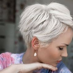 Short Thin Hair, Short Grey Hair, Short Hair With Layers, Short Hair Cuts, Thin Hair Haircuts, Short Bob Haircuts, Cute Hairstyles For Short Hair, Curly Hair Styles, Sassy Hair
