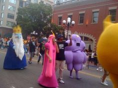 San Diego Comic Con Adventure Time Parade - Adventure Time Costumes - The Ice King, Princess Bubblegum, Lumpy Space Princess, Jake's butt