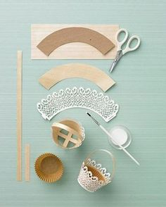 Doily-Trimmed Basket - Martha Stewart Holiday & Seasonal Crafts - See Pic Paper Doily Crafts, Doilies Crafts, Paper Doilies, Diy Paper, Birthday Gift Baskets, Easter Egg Crafts, Easter Eggs, Cupcake Wrappers, Paper Flowers