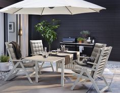 This summer, pick the dining set that makes your outdoors space pop and get your patio down pat.