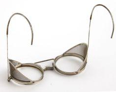 Antique Metal Mesh Safety Glasses Wire Goggles Equipment Kennard Adjustoglas Vtg #SafetyEquipmentServiceStrongKennardButt #Round #Safety