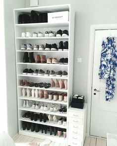 15 Shoes Storage Ideas Youll Love 15 Shoes Storage Ideas Youll Love The post 15 Shoes Storage Ideas Youll Love appeared first on Kleiderschrank ideen. organization bookshelf 15 Shoes Storage Ideas You'll Love - Kleiderschrank ideen Closet Bedroom, Bedroom Decor, Bedroom Inspo, Bedroom Furniture, Shoe Storage Solutions, Beauty Storage Ideas, Shoe Storage Hacks, Cute Room Decor, Teen Room Decor