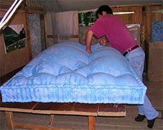 Fabrication : Capitonnage de la laine:  Real Wool Mattresses being made in France.