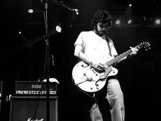 Na terça-feira, dia 22, o guitarrista Luciano Granja apresenta seu novo projeto na Travessia dos Cataventos. Confira.