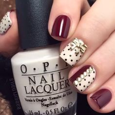 Simple & Cute! ☺️ By @badgirlnails