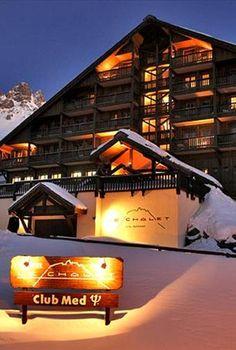 Inverno na Europa - Além de cidades cosmopolitas, com suas paisagens únicas que unem a arquitetura antiga ao design moderno, Áustria, França, Itália e Suíça também são famosas por algumas das melhores e mais requintadas estações de ski.