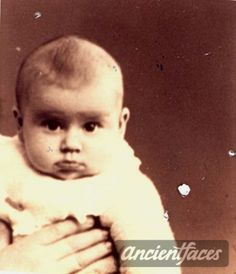 Fernande Choroszez Nationality: Jewish (sandy brown) Residene: Paris, France Death: 1944 Cause: Murdered (listed in Shoah memorial) Age: 2 years