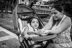 Mãe adolescente de uma criança com microcefalia – e grávida da segunda durante o surto de Zika  Acompanhamos a rotina pesada de Thayanne, a amazonense que foi abandonada pelo pai da bebê e viveu quatro anos achando que era mãe da única pessoa com microcefalia do mundo
