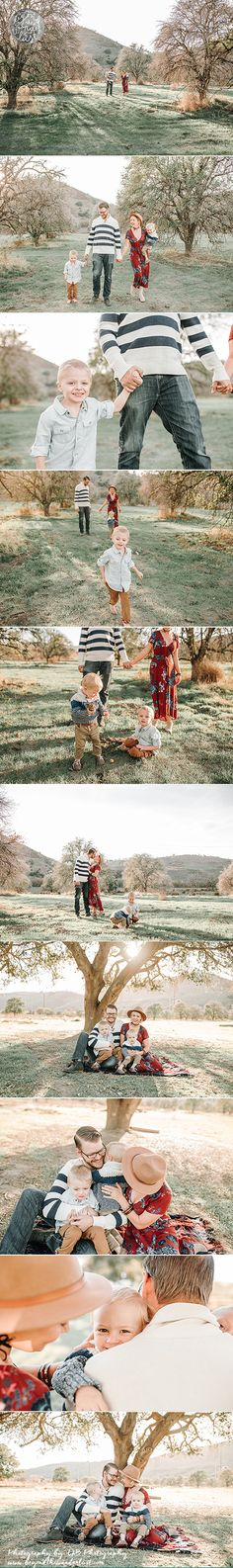 Family of 4 picture ideas >> family poses Holiday Images, Holiday Pictures, Family Pictures, Family Photo Sessions, Family Posing, Family Portraits, Family Of 4, Picture Poses, Picture Ideas