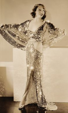 María Guadalupe Villalobos Vélez, known professionally as Lupe Vélez, was a Mexican and American stage and film actress, comedian, dancer and vedette. Vintage Hollywood, Old Hollywood Glamour, Golden Age Of Hollywood, Hollywood Stars, Classic Hollywood, Hollywood Fashion, Vintage Glamour, Vintage Beauty, 1930s Fashion