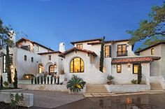 Spanish Homes Exterior Ideas Spanish Home Plans Revival The Spanish revival – or Spanish eclectic – style of architecture was popular between the World Wars. Like the Mission Revival st… Mediterranean Homes Exterior, Mediterranean Architecture, Spanish Architecture, Mediterranean Home Decor, Architecture Design, Tuscan Homes, Spanish Colonial Homes, Spanish Style Homes, Spanish Revival