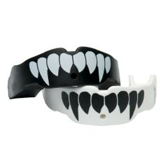 Amazon.com  TapouT Adult Special Edition Fang Mouth Guard 4cd19dce07298