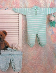 modèle de tricot PDF pour le bébé tout en un pantalon par ECBcrafts