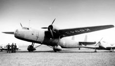 Photographs of the Handley Page Harrow bomber transport aircraft of the Royal Air Force during World War Ww2 Aircraft, Aircraft Carrier, Military Aircraft, Aircraft Painting, Experimental Aircraft, Commercial Aircraft, Futuristic Cars, Aircraft Design, Royal Air Force