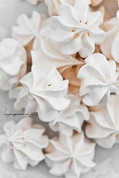 ... homemade meringues ...