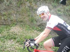 Impossible not to smile while you cycle Colombia!