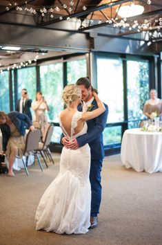 First Dance Feels <3 Photography by Bellagala