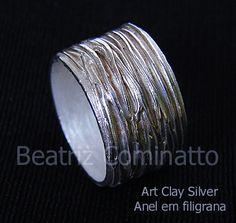 Anel reto com filigrana em Art Clay Silver by Beatriz Cominatto, via Flickr