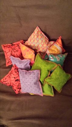 Check out this item in my Etsy shop https://www.etsy.com/listing/218951238/catnip-pillow-toys-made-with-fresh