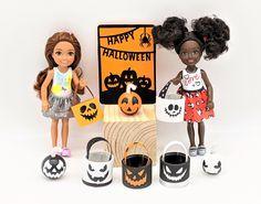 Halloween Miniatures, Halloween Doll, Halloween Signs, Happy Halloween, Doll Costume, Costumes, Doll Furniture, Furniture Sets, Kids Doll House