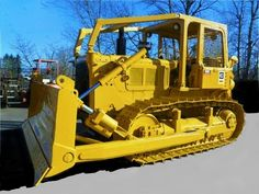 Check out this 1974 Caterpillar View more at… Cat Bulldozer, Caterpillar Bulldozer, Caterpillar Equipment, Farm Trucks, Toy Trucks, Monster Trucks, Equipment For Sale, Heavy Equipment, Tractors For Sale