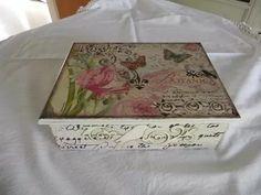 caja de té vintage shabby chic romántica stock