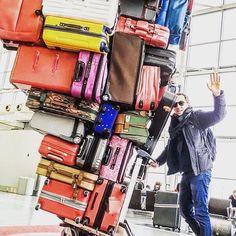 Regram @gadelmaleh Bonnes vacances à la zone C et à tous ceux qui ont la chance de l'être! #lemondedubagage #lmdb #holidays #vacances #picoftheday #tgif #bagage #bagagerie #luggage #trip #instatravel #instravelling #valise by lemondedubagage