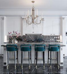 New kitchen marble island chandeliers 22 ideas Decor, Home Kitchens, Kitchen Design, Kitchen Flooring, Modern Kitchen, Home Decor Kitchen, Kitchen Interior, House Interior, Apartment Decor