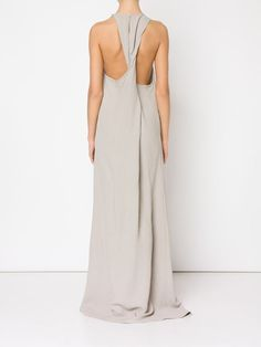 loose fit long sleeveless dress