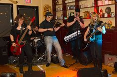 Fiddlestix playing at The Irish Times in 2012. Photo taken by Kevin Lovely and used with permission.