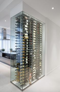 Glass Wine Cellar, Home Wine Cellars, Wine Cellar Design, Wine Shelves, Wine Storage, Wine Cellar Basement, Modern Home Bar, Home Bar Designs, Wine Wall
