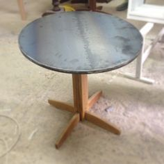 #Wood and #metal table.. Lt project courtyard. #2vlo