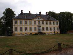 Hagenskov Slot og Gods på Fyn 7 km SØ for Assens.