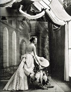 Schiaparelli's evening gown photographed by Richard Avedon in 1948