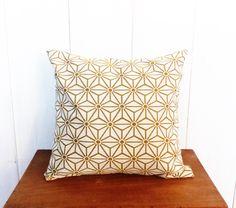 mini cache pot tissu 8 cm pour mini plante mini cactus tissus jaune cailles et gris toiles. Black Bedroom Furniture Sets. Home Design Ideas