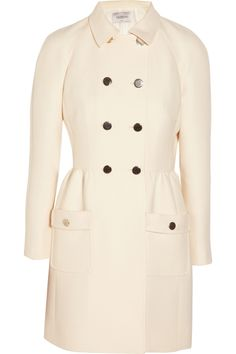 Valentino double-breasted wool and silk-blend coat with a feminine silhouette. Alexander Mcqueen Boots, High Fashion, Winter Fashion, Women's Fashion, Pink Wool Coat, Valentino Clothing, Double Breasted Coat, Chic Dress, Polyvore Fashion