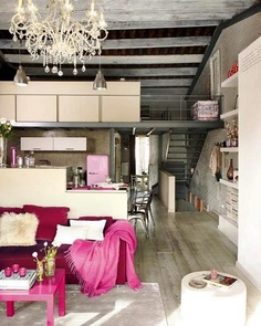 Loft with industrial look + pink