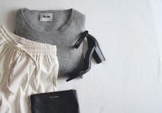 Style: Minimal + Classic: cashmere swtr + soft pant