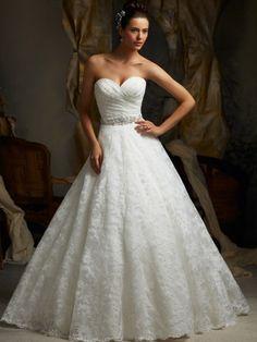 Princesa escote corazón cola corte organdí vestido boda con bordado