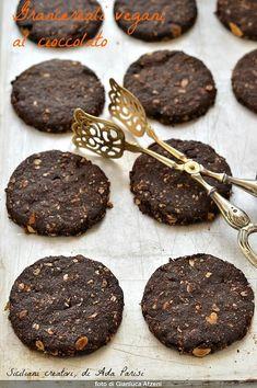 Raw Vegan Desserts, Vegan Cake, Delicious Desserts, Homemade Chocolate, Vegan Chocolate, Chocolate Recipes, My Recipes, Cookie Recipes, Dessert Recipes