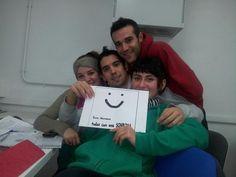 Óscar, Víctor, Selene y Sara también quieren veros sonreír