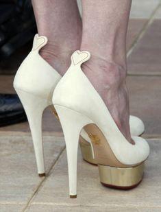 Los zapatos de  Charlotte Olympia que uso Kirsten Dunst en el festival de Cannes nos parecen preciosos para un matri!