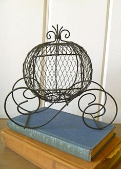 Miniature Wire Form Cinderella Pumpkin Coach by selinabeadsnbits, $9.90