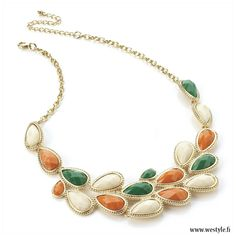 Perfect necklace for your spring outfit!