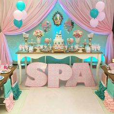 How to Throw the Cutest Kids Spa Party Spa Party Cakes, Spa Day Party, Spa Party Favors, Kids Spa Party, Pamper Party, Spa Cake, Sleepover Birthday Parties, Birthday Party For Teens, Spa Party Decorations