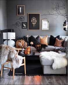 Awesome Stunning Winter Living Room Decor Ideas You Should Try 26 – All About Home Decoration Winter Living Room, Living Room Grey, Home And Living, Living Room Furniture, Modern Living, Dark Furniture, Living Room Decor Gold, Small Living, Cozy Living