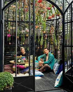Matthew Williamson has collaborated with installation artist Rebecca Louise Law and Blakes London on a very special bohemian hideaway. Named The Hendrick's Horticultural Oasis, it opens next week, coinciding with The RHS Chelsea Flower Show. Matthew Williamson, Outdoor Spaces, Outdoor Living, Outdoor Decor, Artistic Installation, Chelsea Flower Show, Interior Exterior, My New Room, Boho Decor