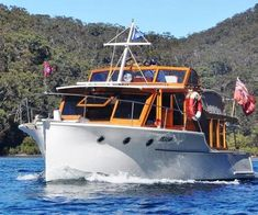 uilt by Lars Halvorsen and launched in March 1934 in Sydney Australia, Lyndall II is a 38 foot bridge deck cruiser, pictured here on the Hawkesbury River, just north of Sydney