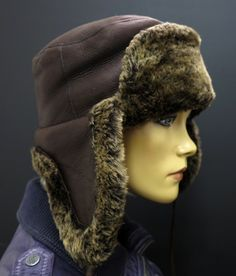 Úžasně teplá zimní ušanka z pravé beránčí kožešiny Winter Hats, Fashion, Moda, Fashion Styles, Fashion Illustrations